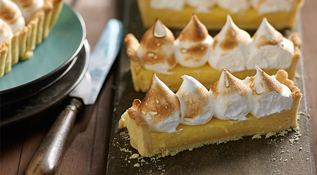 Everyone Loves Lemon Meringue Pie
