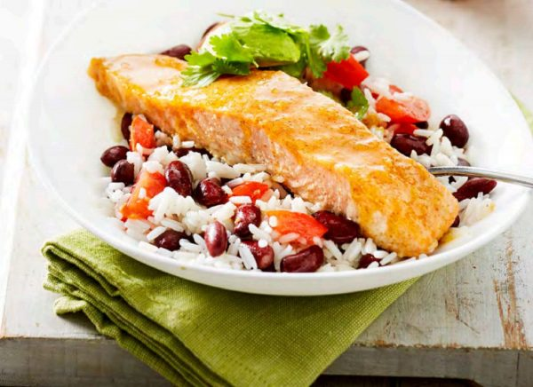 Chilli Baked Salmon with Mexican Rice